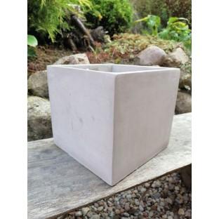 Osłonka betonowa kostka 17x17