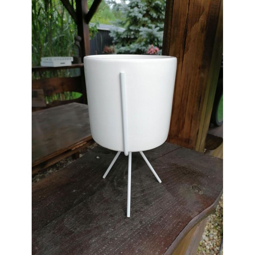 Osłonka ceramiczna biała na stojaku 24 cm